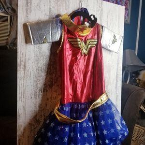 Wonder Woman Girls 6 Pc. Costume Tutu Dress Cape
